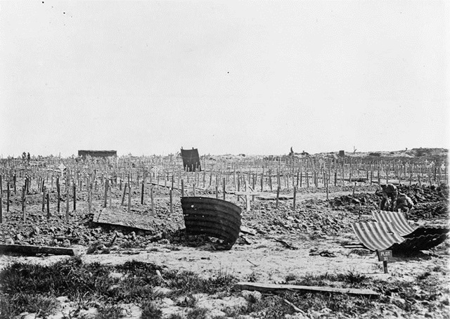 British cemetery at Hooge, just after the war. Image: Imperial War Museum